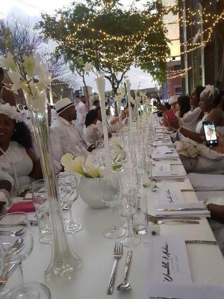 dinner en blanc 4